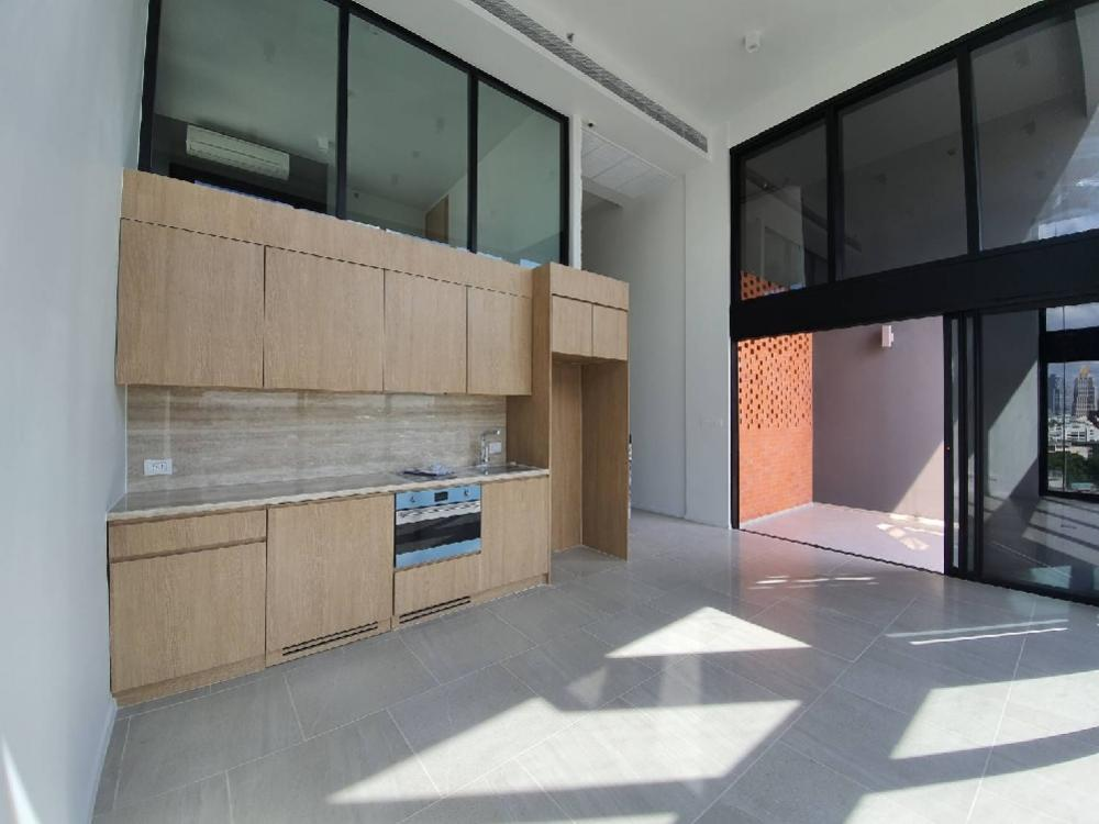 For SaleCondoSilom, Saladaeng, Bangrak : The Loft Silom 2bed 70sqm L2B Loft unit 11,000,000 Am: 0656199198