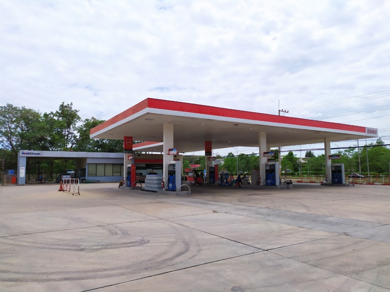 For SaleFactoryKorat KhaoYai : Selling a gas station business Good location in the city Ready to run the business of Mueang Nakhon Ratchasima District