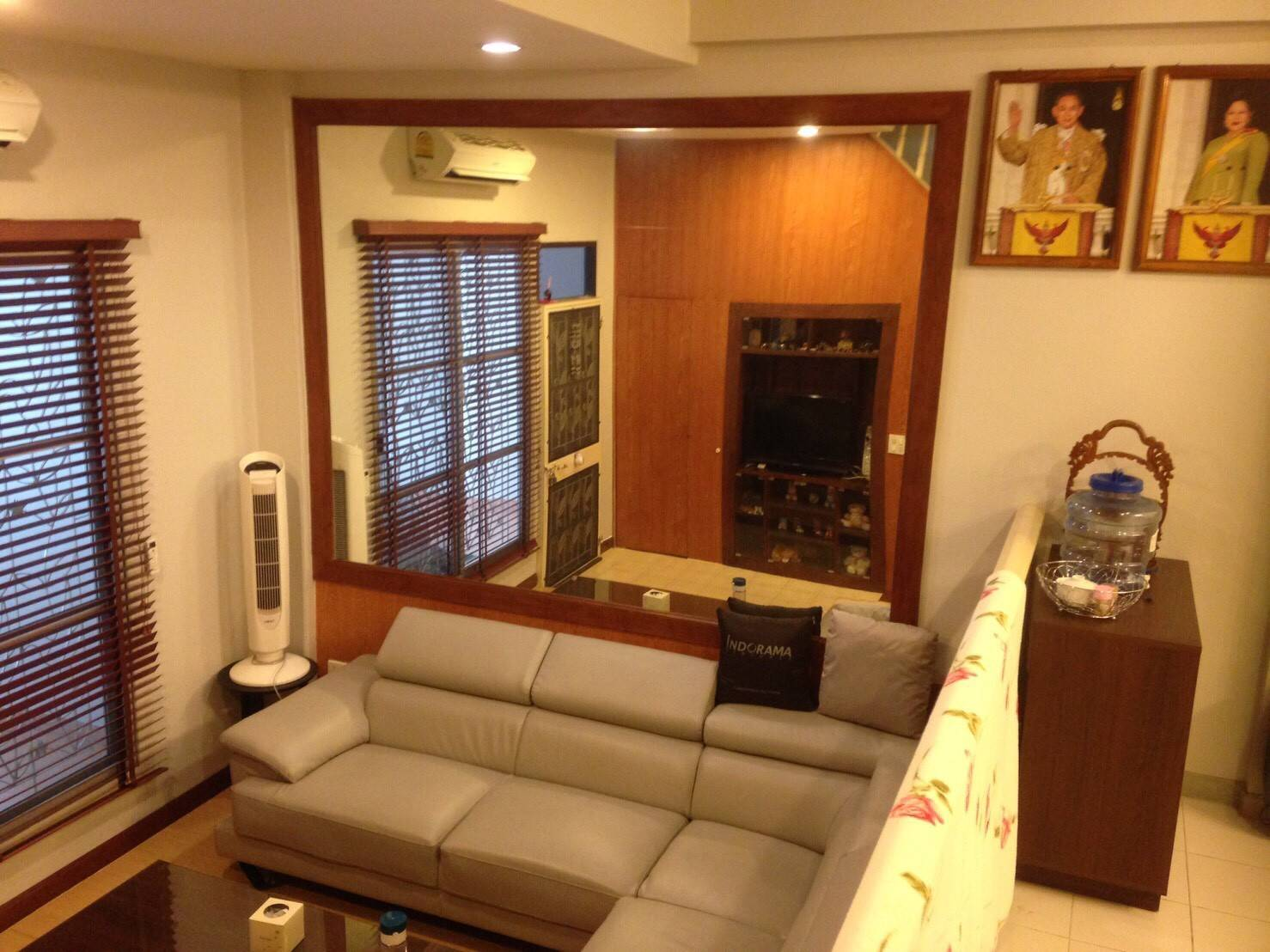 For RentTownhouseRatchadapisek, Huaikwang, Suttisan : For rent townhome, village center town Ratchada-Lat Phrao - 300 m. Away from Ladprao MRT