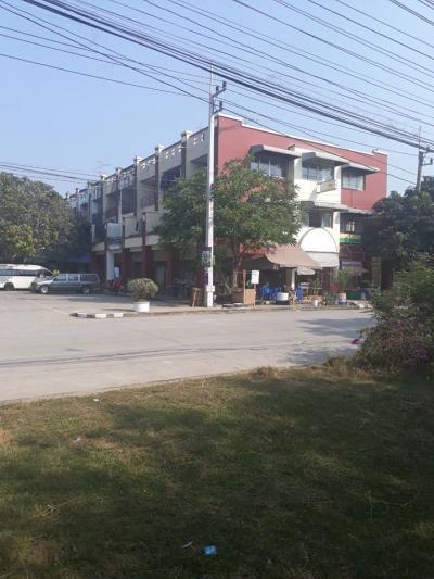 ขายตึกแถว อาคารพาณิชย์สระบุรี : ขายด่วน อาคารพาณิชย์ 3 คูหา ใกล้โรงงานภัทรา นิคมเหมราช สระบุรี