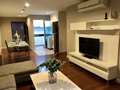 เช่าคอนโดพระราม 9 เพชรบุรีตัดใหม่ RCA : Rent 3 Bed 2 Bath 48K. Next to MRT Rama9 pool view with nice decoration