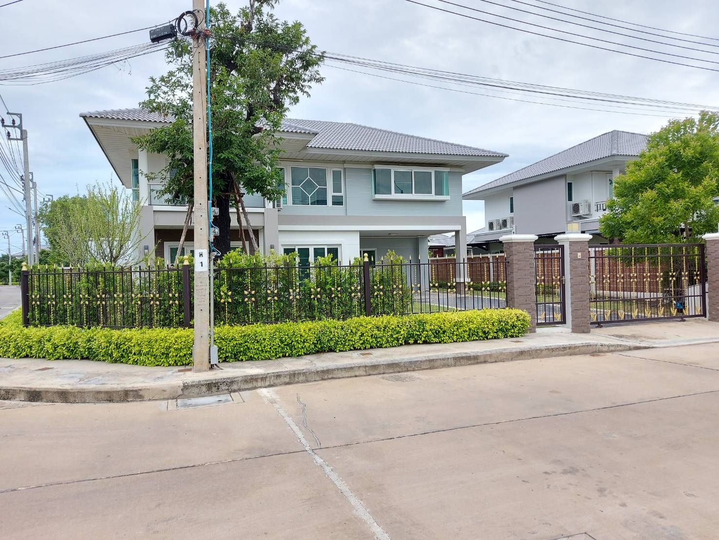 For SaleHousePhutthamonthon, Salaya : Big house for sale, Supalai Prima Villa, Phutthamonthon 3, near the parallel sky Borommaratchachonnani, only 5 minutes, cheapest in the project ***