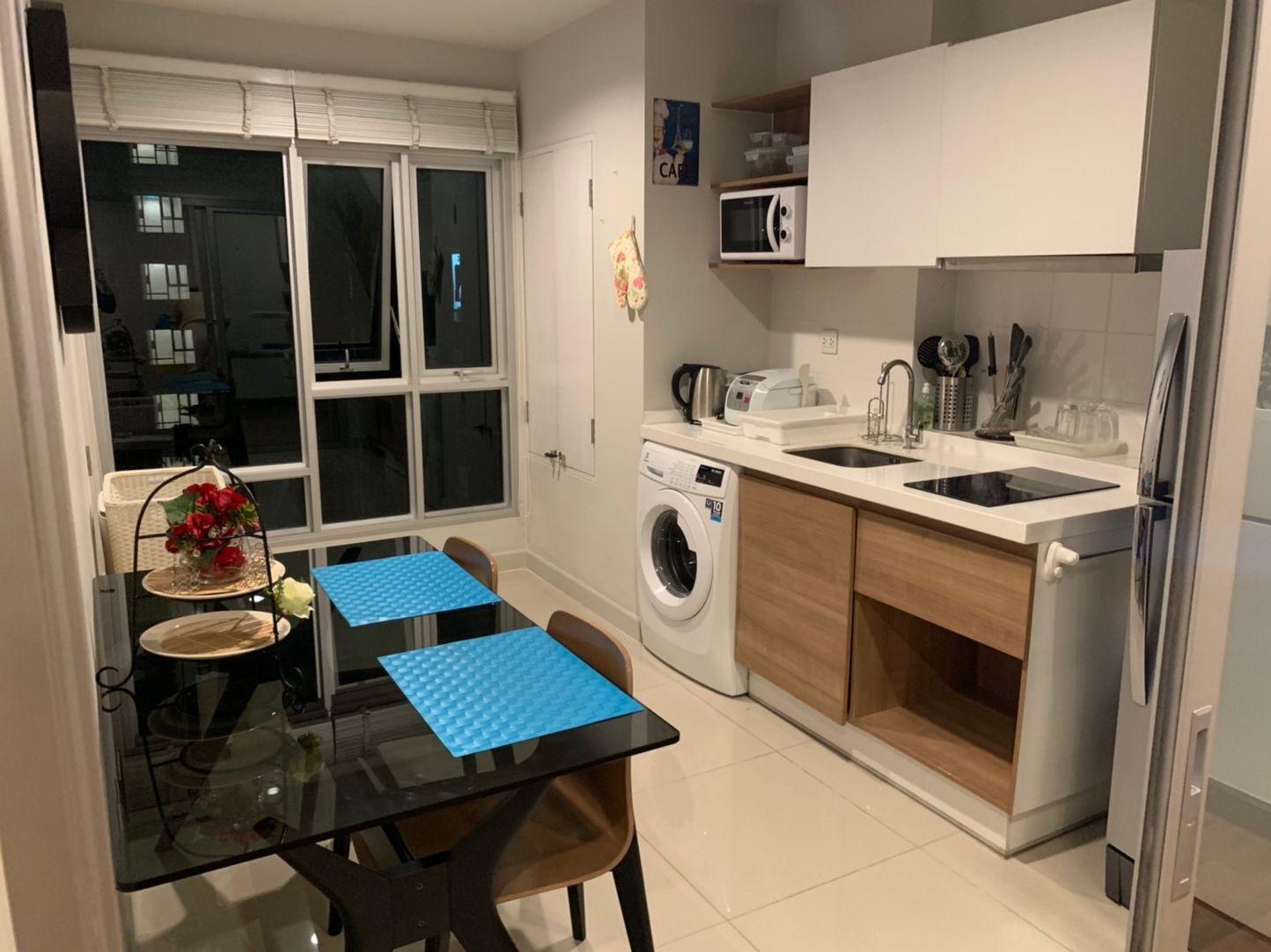 For RentCondoRattanathibet, Sanambinna : Rent Centric Tiwanon Condo 60 sqm 2 bed 2 bath, beautiful room, corner room ready to live 20,000 / month