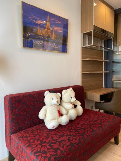For RentCondoSapankwai,Jatujak : **Big Room Good Deal**The Line Phahon – Pradipat ***Special Price 16,650***