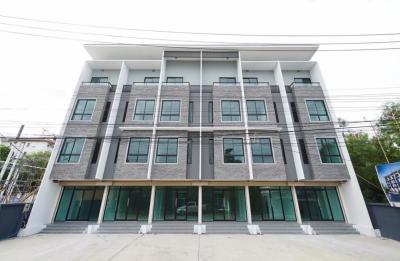 ขายตึกแถว อาคารพาณิชย์บางนา แบริ่ง : ขายอาคารพาณิชย์หรือ Home Office หน้ากว้าง 5 เมตร จอดรถได้ 2 คัน ราคาถูกสุดในย่านนี้