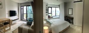 For RentCondoWitthayu,Ploenchit  ,Langsuan : For rent!! Corner room with stunning view! On 16th floor 38 sq. Rare item. Near BTS Ploenchit. Ready to move in at the beginning of Feb.