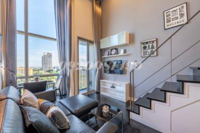 For RentCondoSukhumvit, Asoke, Thonglor : Pet friendly condo for rent 1-bedroom duplex at Ashton Morph 38