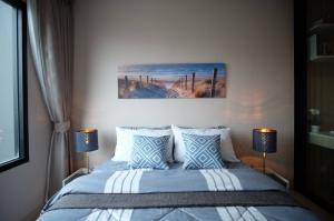 เช่าคอนโดพระราม 9 เพชรบุรีตัดใหม่ : Full Furniture and appliances