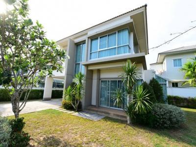 For RentHouseChonburi, Pattaya, Bangsa : ให้เช่า บ้านเดี่ยว 2 ชั้นเนื้อที่ 123 ตารางวา 3 ห้องนอน 3 ห้องน้ำ แอร์ เฟอร์ครบ ใกล้สวนเสือ อำเภอ ศรีราชา จังหวัดชุลบุรี สนใจติดต่อ คุณเดือน086-367-4148