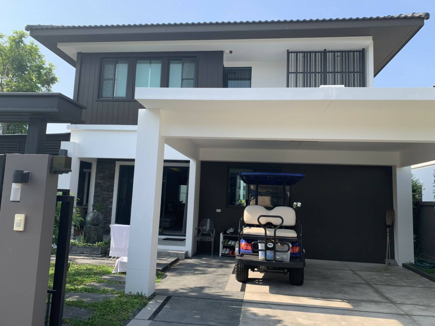 For SaleHouseBangna, Lasalle, Bearing : 2 storey detached house for sale, area 64 square meters, 3 bedrooms, 3 bathrooms, fully furnished, Bangna Trad Road, KM.7, Mega Bang Trat, price 13 million baht, interested to contact you, month 086-367-4148