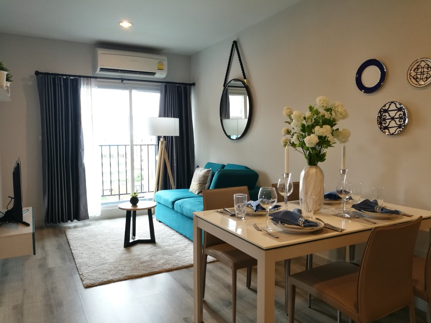 For SaleCondoChonburi, Pattaya, Bangsa : Sell Centric Sea 4.8 million baht, 2 bedrooms, 59.5 square meters, City View, 7th floor