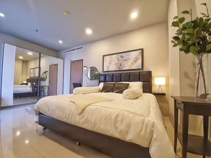 เช่าคอนโดราชเทวี พญาไท : +++ เช่าด่วน +++ราคาดีมาก Noble Revent Phayathai, 1 ห้องนอน 55 ตร.ม. ตกแต่งสวยมาก พร้อมเข้าอยู่ !!