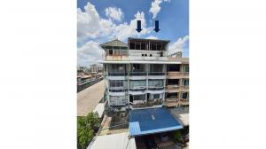 For SaleShophouseRatchadapisek, Huaikwang, Suttisan : Commercial building for sale, 5 storey commercial building, 2 booths next to the city center Can be reached in many roads, Soi Tinakorn, Din Daeng, Bangkok