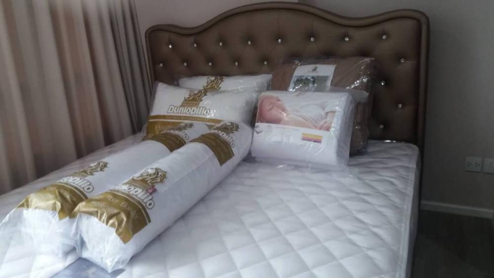 For RentCondoOnnut, Udomsuk : Condo for rent : The Room Sukhumvit 69 Type :  1  bedroom 1 bathroom Size  : 34.2 sq.m  Floor  : 10 Rent Price  22,500 Baht/Month