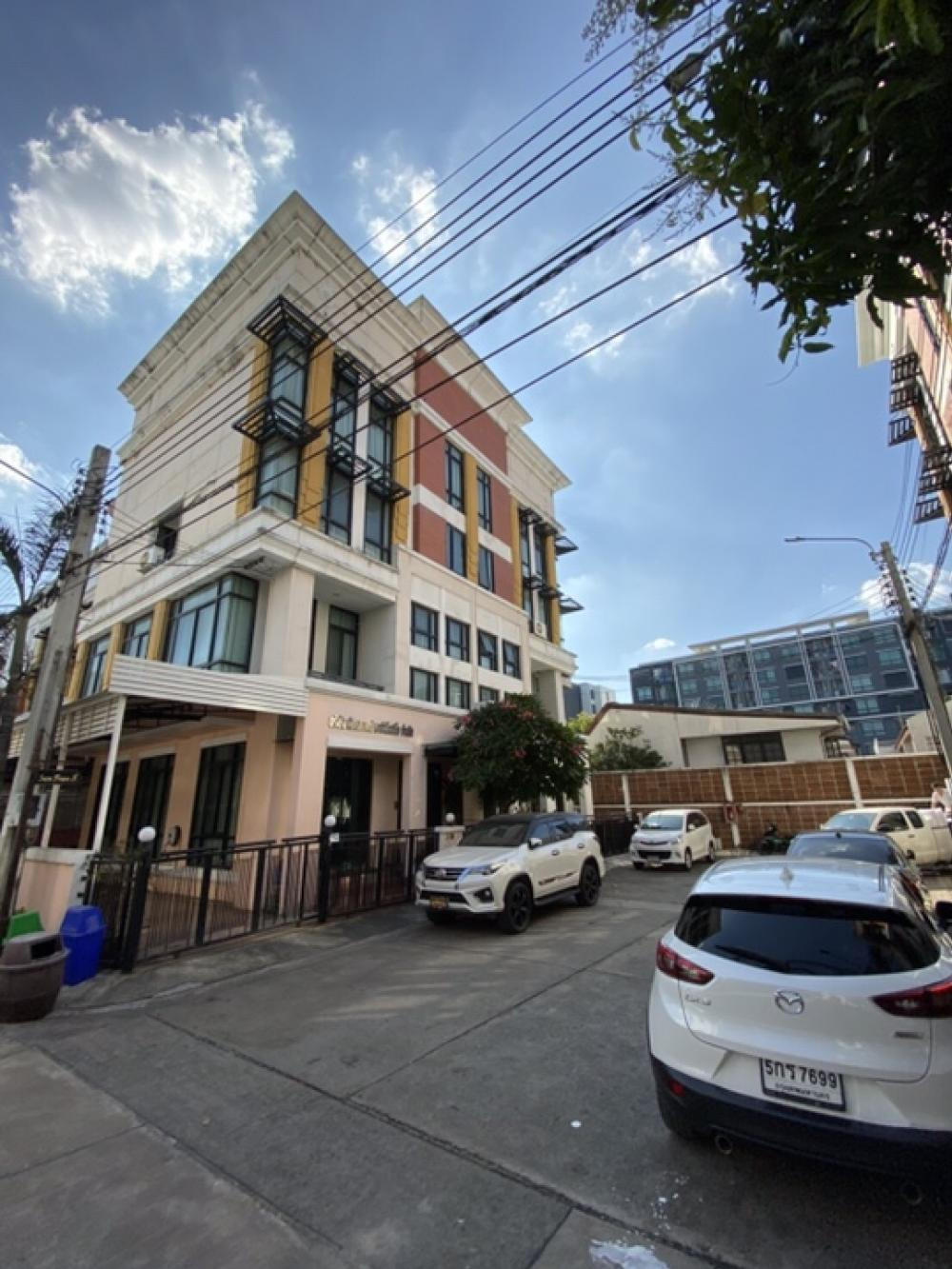 For SaleHome OfficeBangna, Lasalle, Bearing : 4-storey home office for sale in the village center of Bang Na