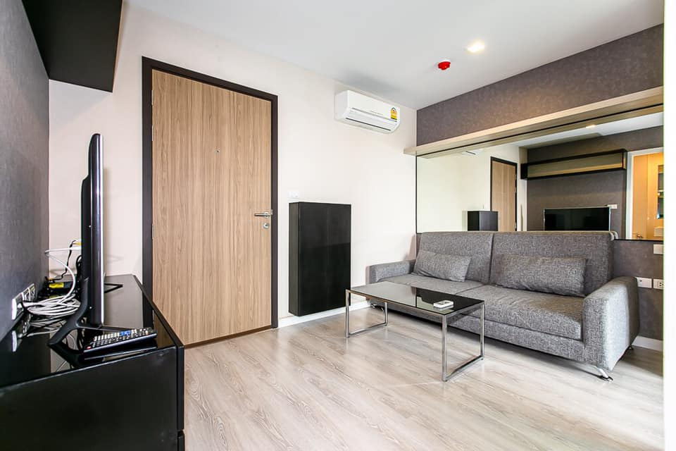 For RentCondoKhlongtoei, Kluaynamthai : For rent Metro Luxe Rama 4 (BTS Ekkamai)