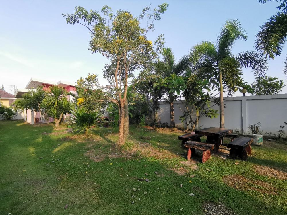 For SaleHouseHua Hin, Prachuap Khiri Khan, Pran Buri : Selling a width of 4 rooms on the road with 5 houses in Pranburi district