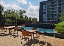 For SaleCondoBangna, Lasalle, Bearing : Condo for sale near MRT Sri Lasalle, ASPEN Condo Lasalle (Espen Condo Lasalle), near the Yellow Line, near the airport, Espen Lasalle Condo, near MRT Sri Lasalle, opposite Sikarin Hospital. Complete with all travel needs, close to eating shops, convenienc