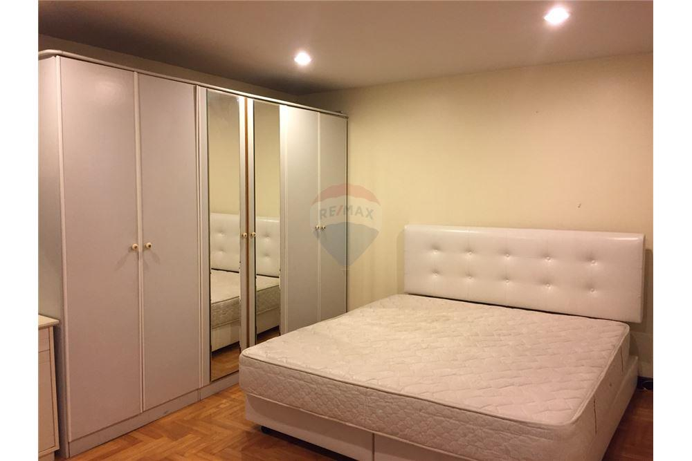 For SaleCondoSukhumvit, Asoke, Thonglor : For sale, Thonglor 11 Residence, 3 bed 101 sqm. Near BTS Thong Lo. Beautiful and spacious rooms, fully furnished.