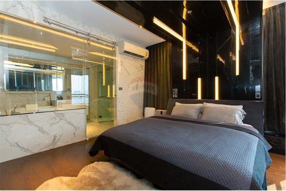 For SaleCondoSukhumvit, Asoke, Thonglor : Sell HQ Thonglor, 1 bedroom 83 sqm. 750m from BTS Thong Lo, near many department stores Fully furnished Very nice
