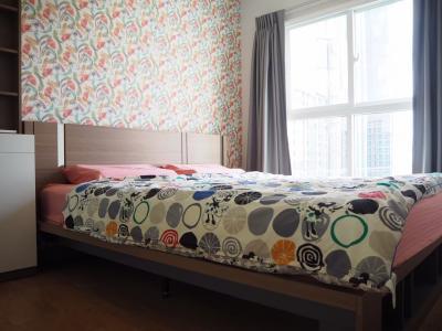 For RentCondoBang Sue, Wong Sawang : For rent, Condo The Parkland Ratchada-Wongsawang. 2 bed 1 bath 44 sqm. Floor 10, next to Wongsawang MRT.