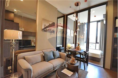For SaleCondoOnnut, Udomsuk : Sell The Line Sukhumvit 71, 1 bed, 31 sqm., Near Phra Khanong BTS, fully furnished Located in the heart of Sukhumvit