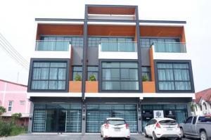 For RentShophouseRangsit, Patumtani : 3-storey commercial building for rent, cheap price, Shinzen office, home office + 3-storey showroom: Lam Luk Ka Klong 4
