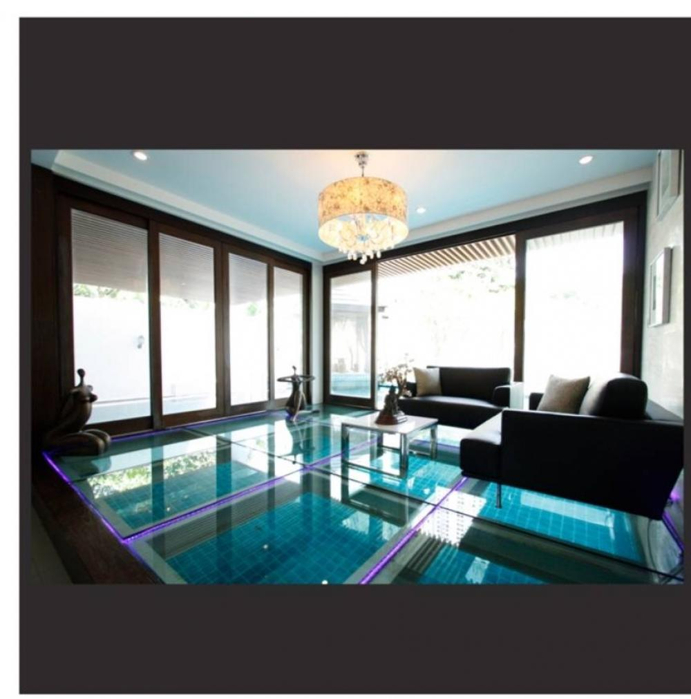For SaleHouseSukhumvit, Asoke, Thonglor : Luxury large house For sale Urgently in the middle of Asoke.