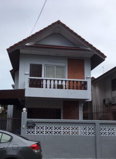 เช่าบ้านแจ้งวัฒนะ เมืองทอง : HR166ให้เช่าบ้านเดี่ยว 2ชั้น หมู่บ้านสี่ไชยทอง 3 ถนนแจ้งวัฒนะ - ปากเกร็ด 24 พร้อมอยู่