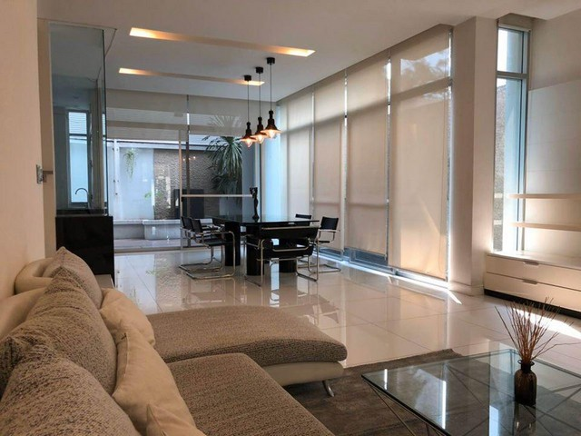For RentTownhouseLadprao, Central Ladprao : 3-storey townhome for rent near MRT Lat Phrao, The Landmark Residence, behind the corner of Soi Ladprao 32