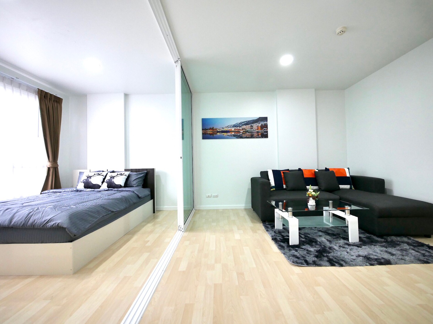 For SaleCondoRamkhamhaeng Nida, Seri Thai : Nice room, cheap price !! For Sale D condo Ramkhamhaeng 64, Fully furnished, Ready to move in, Cheapest in project