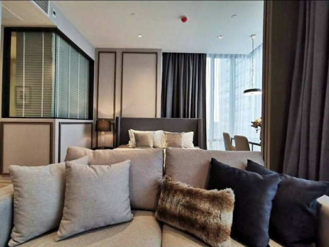 For RentCondoSiam Paragon ,Chulalongkorn,Samyan : KP24-0038 Luxury condo for rent ready to move in! Ashton Silom, 35th Floor, High Floor, great view, built-in