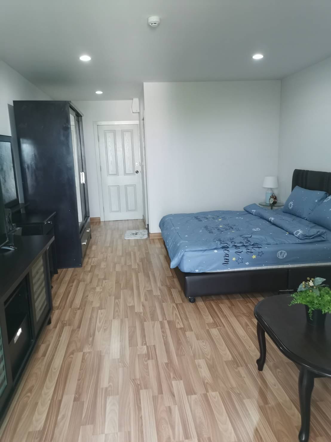 For RentCondoOnnut, Udomsuk : condo for rent regent home 19 near bts bangchak only 200 meters