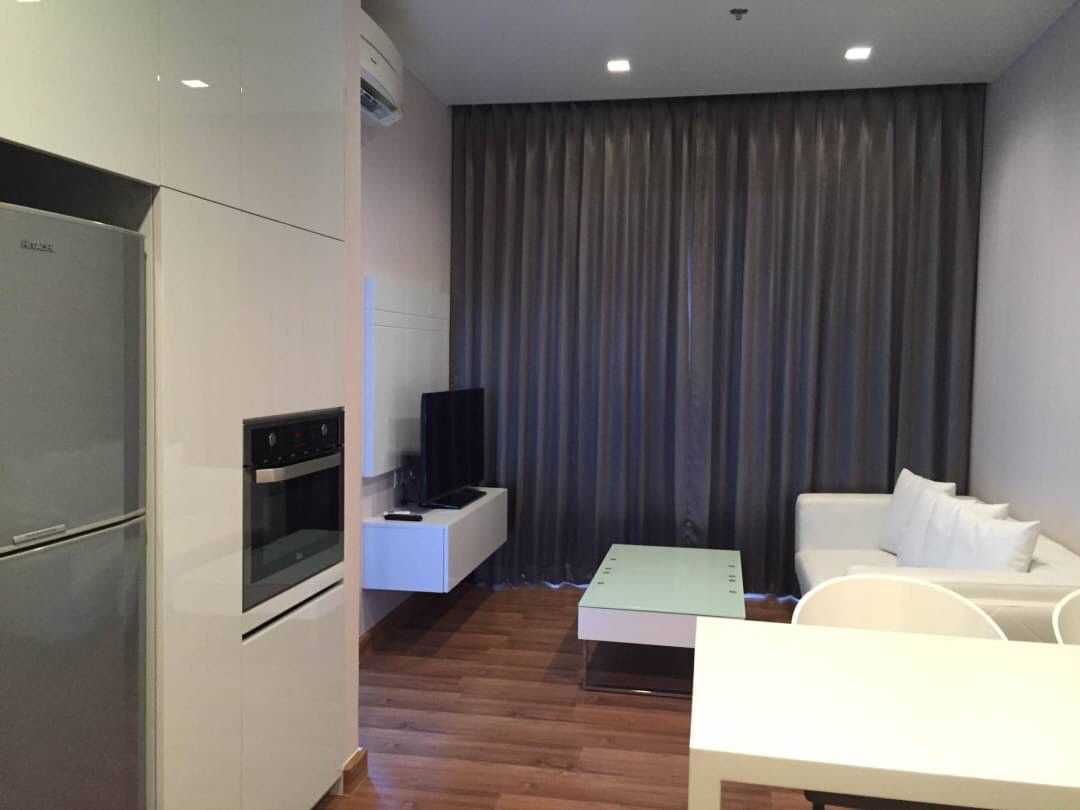 For RentCondoRatchadapisek, Huaikwang, Suttisan : CONDO FOR RENT ** Ivy Ampio ** Fully furnished 44 sq.m., near MRT Thailand Cultural Centre