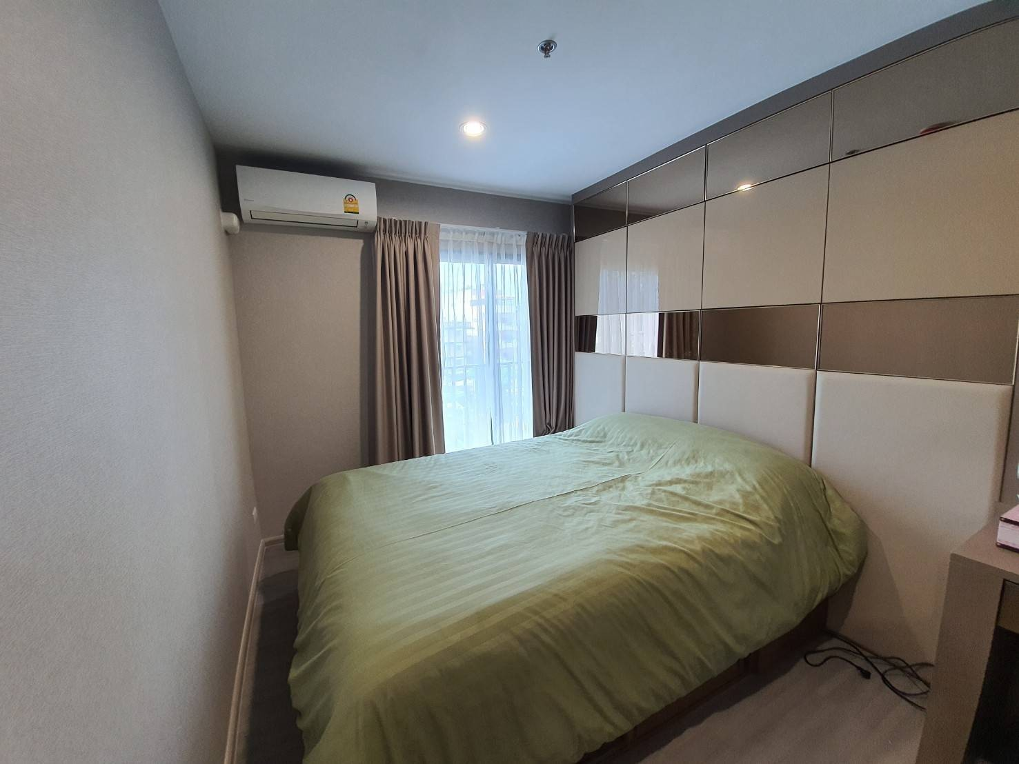 For RentCondoPinklao, Charansanitwong : For Rent The Parkland Charan - Pinklao Unit 7/9 (B0409)