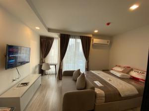 เช่าคอนโดราชเทวี พญาไท : ให้เช่าห้องใหม่ 1 ห้องนอน คอนโดมาเอสโตร 14 ราชเทวี  ใกล้ BTS ราชเทวี ใกล้แยกปทุมวัน สยาม มาบุญครอง