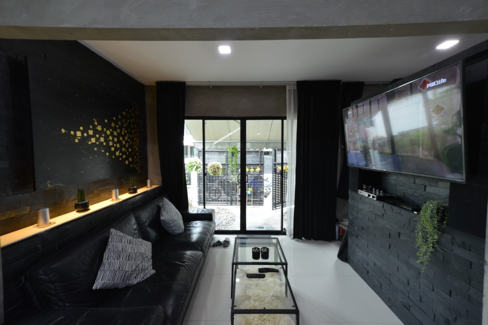 For SaleTownhouseRamkhamhaeng, Hua Mak : House for sale in the city center Rama 9-Ramkhamhaeng