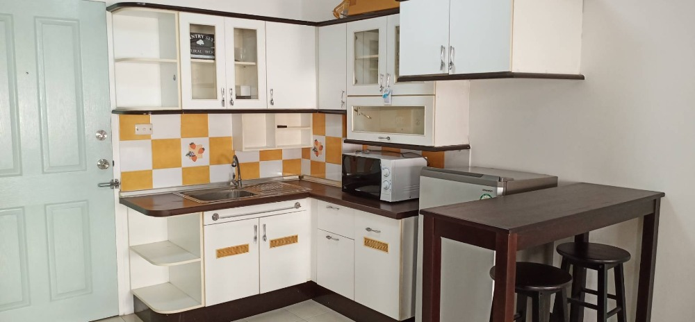 For SaleCondoBangna, Lasalle, Bearing : Condo for sale The Parkland Bangna 1,300,000 baht, furniture and appliances, complete garden view, the room is not exposed to the sun, very beautiful afternoon.