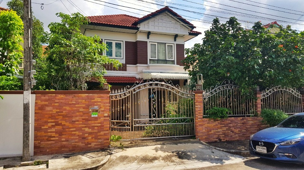 For SaleHouseRamkhamhaeng,Min Buri, Romklao : The Best House Deal! Perfect Place Ramkhamhaeng 164, 54 Sq.W House in Great condition near Orange MRT Line!
