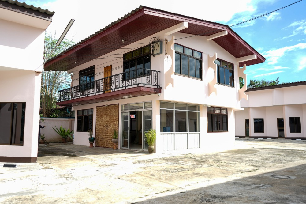 For SaleBusinesses for saleChiang Mai, Chiang Rai : Selling a house with 23 rooms for rent