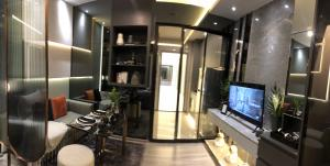 Sale DownCondoOnnut, Udomsuk : Selling at the top of the Ideo Sukhumvit Rama 4, the ceiling room is 2.9 meters high, only 3.59 million.
