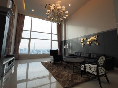 เช่าคอนโดพระราม 9 เพชรบุรีตัดใหม่ : Circle Condominium 4bed4bath295.19sqm floor 40+ 190,000 Fully Furnished