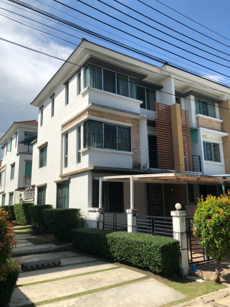For SaleTownhouseBang kae, Phetkasem : Sell 3-story Townhome behind the corner of Town Plus Petchkasem Bang Khae