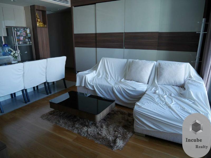 For RentCondoSathorn, Narathiwat : P31CR2006001 Rent The Address Sathorn 2 Bed 45,000