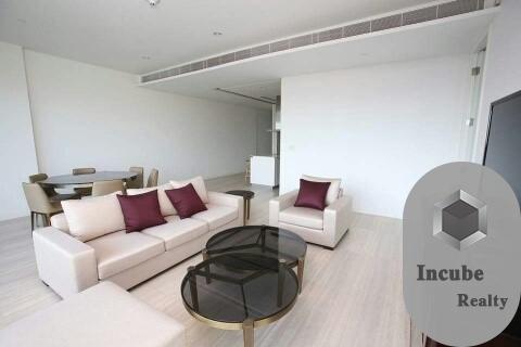 For RentCondoWitthayu,Ploenchit  ,Langsuan : P17CR2006030 Rent 185 Rajadamri 3 Bed 250,000