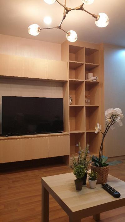 เช่าคอนโดอ่อนนุช อุดมสุข : 🤩🤩 ให้เช่าคอนโดบีทีเอสอ่อนนุช (รีเจ้นท์โฮม สุขุมวิท 81- Regent Home 81) 🤩🤩 ห้องสวย ชั้น 3 ตึก C  วิวสระ สวย สวย เนียนตาห้องแต่งใหม่ เฟอร์ครบ