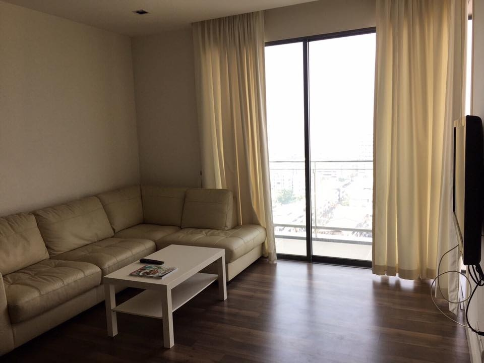 For RentCondoOnnut, Udomsuk : 2 Bedrooms 76 sqm. For Rent The Room Sukhumvit62 (Close to BTS Punnawithi)