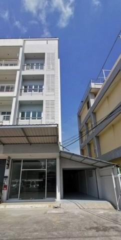 For RentShophouseRamkhamhaeng,Min Buri, Romklao : 5-storey commercial building for rent, Ramkhamhaeng area, 174 buildings, near Lotus Express.
