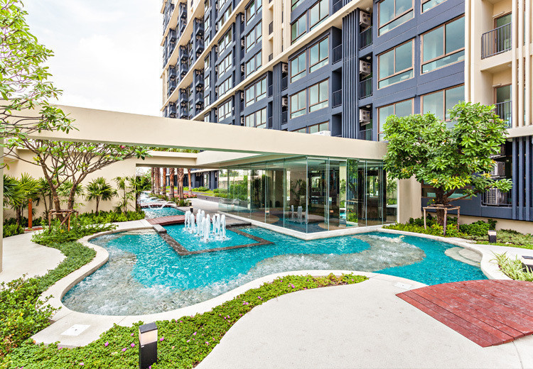 For SaleCondoRama9, RCA, Petchaburi : Quick sale, good price, Casa Asoke 2.15MB, ready to move in, high floor, nice view, Baiyoke 26Sq.m Studio, complete with furniture and electrical appliances.