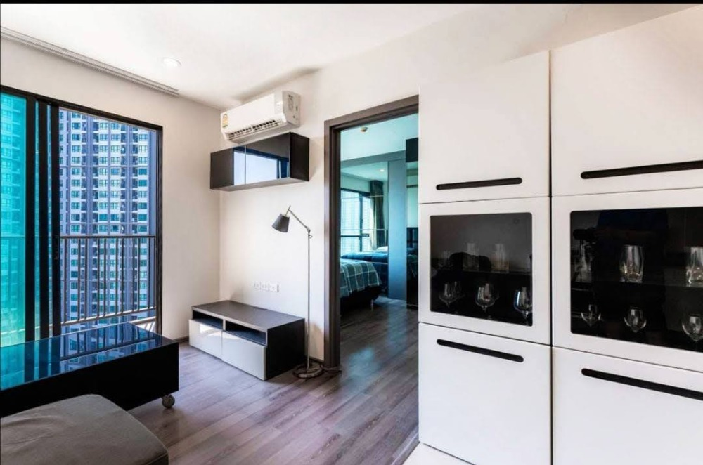 For SaleCondoOnnut, Udomsuk : For Sale The Base Park East Condo Unique! Unit! The Base Park East Sukhumvit 77 Unit Type Rare